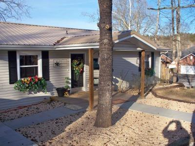 Branson MO Single Family Home For Sale: $144,000
