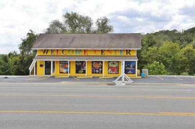 Branson MO Commercial For Sale: $439,900