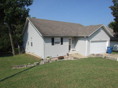 Forsyth Single Family Home For Sale: 190 Eagle Drive