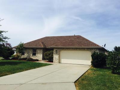 Ozark MO Single Family Home For Sale: $144,995