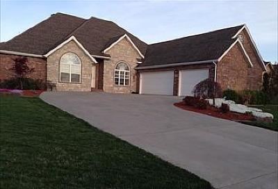 Ozark MO Single Family Home For Sale: $289,900