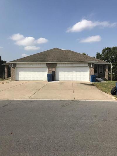 Nixa Multi Family Home For Sale: 821-823 South Pinhook Drive