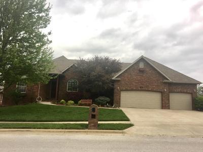 Nixa MO Single Family Home For Sale: $389,000