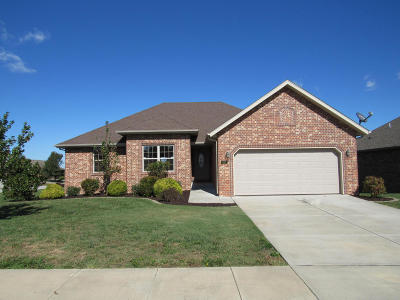 Nixa MO Single Family Home For Sale: $229,900