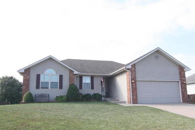 Battlefield MO Single Family Home For Sale: $173,000