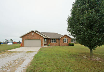 Republic MO Single Family Home For Sale: $150,000