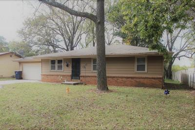 Springfield MO Single Family Home For Sale: $112,900