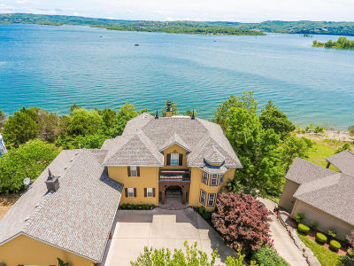 Single Family Home For Sale: 170 Longshore Dr Drive