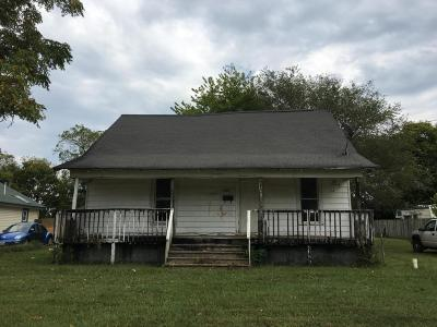 Springfield Single Family Home For Sale: 2500 North Johnston Avenue