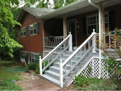Forsyth Single Family Home For Sale: 195 Bobcat Court