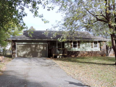 Battlefield MO Single Family Home For Sale: $110,000