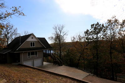 Blue Eye Single Family Home For Sale: 611 Shady Maple Road