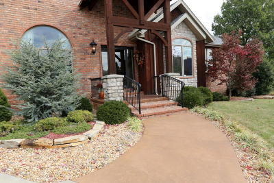 Springfield Single Family Home For Sale: 3723 East Dartmoor Court