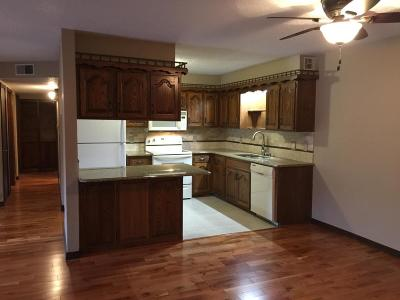 Hollister Condo/Townhouse For Sale: 110 Wilshire Drive #12