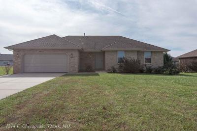 Ozark MO Single Family Home For Sale: $134,900