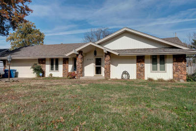 Springfield MO Single Family Home For Sale: $150,000