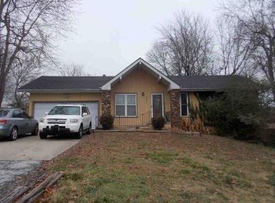 Springfield MO Single Family Home For Sale: $101,400