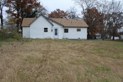 El Dorado Springs MO Single Family Home For Sale: $64,000