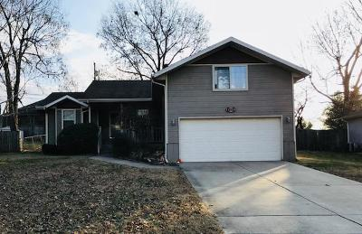 Springfield MO Single Family Home For Sale: $130,000