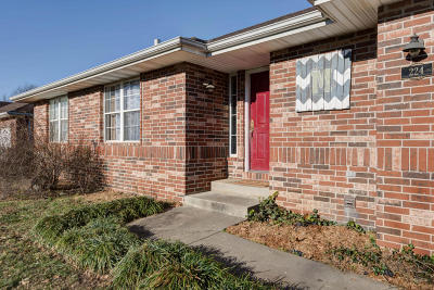 Nixa Single Family Home For Sale: 224 Shady Acres Circle