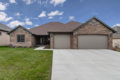 Springfield Single Family Home For Sale: 1087 North Cedar Ridge Avenue