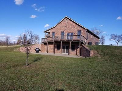 Single Family Home For Sale: 3321 Southwest County Rd 5508