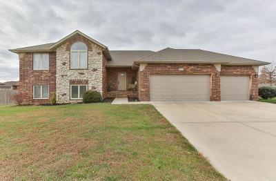 Nixa Single Family Home For Sale: 433 North Bonda Way