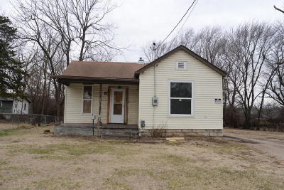 Springfield Single Family Home For Sale: 2111 North Summit Avenue