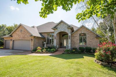Springfield Single Family Home For Sale: 1122 West Oakville Road