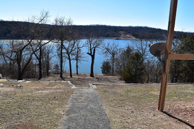 Stone County, Taney County Single Family Home For Sale: 86 Indian Cove Road