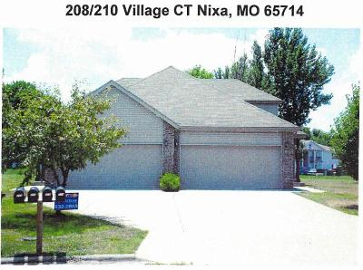 Nixa Multi Family Home For Sale: 208 Village Court