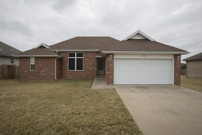 Nixa Single Family Home For Sale: 940 South Canyon Lane