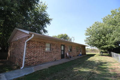 Strafford Multi Family Home For Sale: 705 Black Oak