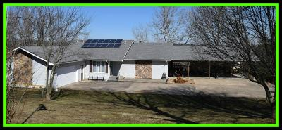 Bolivar Single Family Home For Sale: 923 East 430th Road