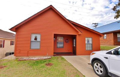 Hollister Single Family Home For Sale: 153 Bears Paw Way
