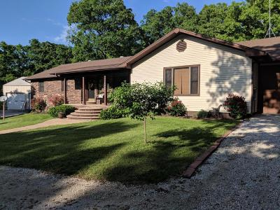 Cedar County Single Family Home For Sale: 15905 South 1355 Road