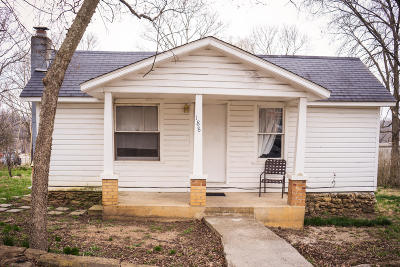 Hollister Single Family Home For Sale: 188 Walnut Street