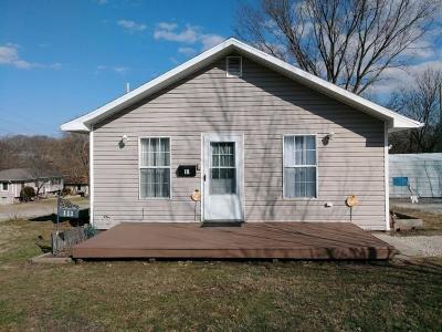 El Dorado Springs MO Single Family Home For Sale: $59,900