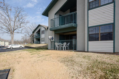 Branson Condo/Townhouse For Sale: 2700 Green Mountain Drive #2