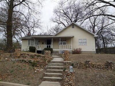 Joplin Single Family Home For Sale: 2615 Vandalia