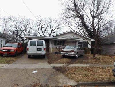 Springfield Single Family Home For Sale: 2215 North Travis Avenue
