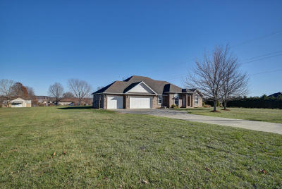 Nixa MO Single Family Home For Sale: $274,900