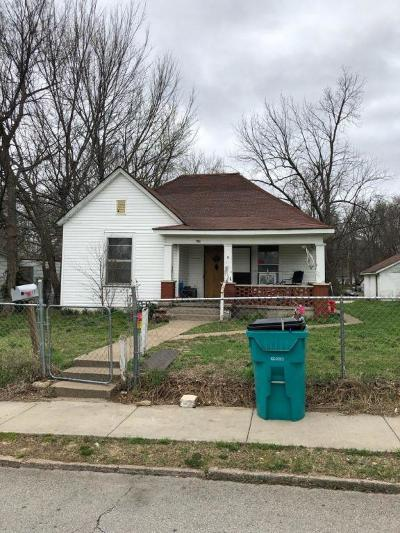 Springfield MO Single Family Home For Sale: $302,500
