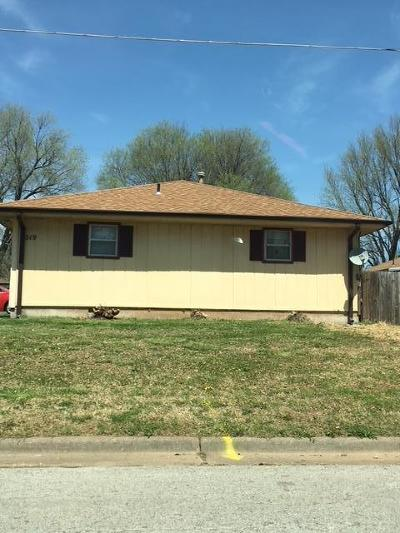 Springfield Multi Family Home For Sale: 319 East Downing Street
