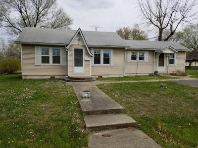 El Dorado Springs MO Single Family Home For Sale: $66,000