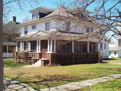 Aurora Single Family Home For Sale: 103 West Locust Street
