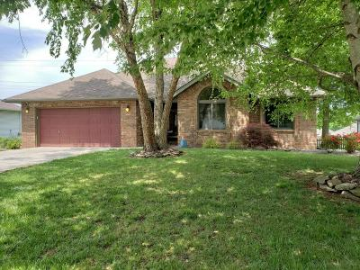 Springfield MO Single Family Home For Sale: $182,900
