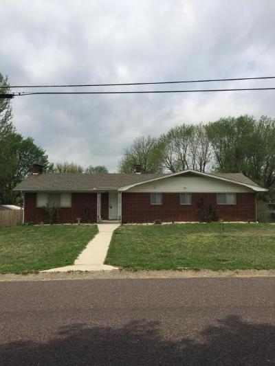 Monett Single Family Home For Sale: 1108 13th Street