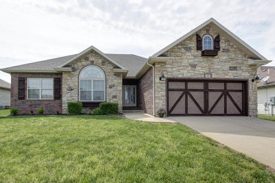 Nixa MO Single Family Home For Sale: $209,000