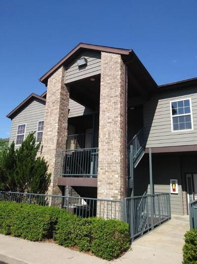 Branson West, Reeds Spring Condo/Townhouse For Sale: 1001 Golf Drive #17